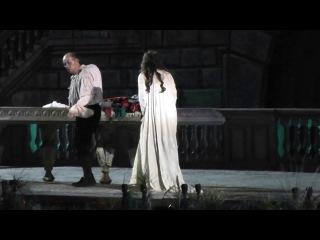 Leo Nucci & Olga Peretyatko, Rigoletto - 'Parla, siam soli... Sì vendetta...' (Arena di Verona 2013)